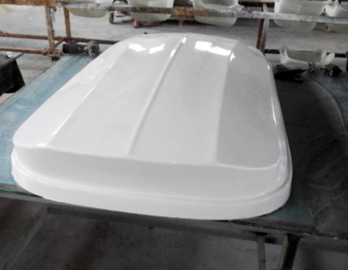 汽车车顶行李箱玻璃钢外壳制作过程