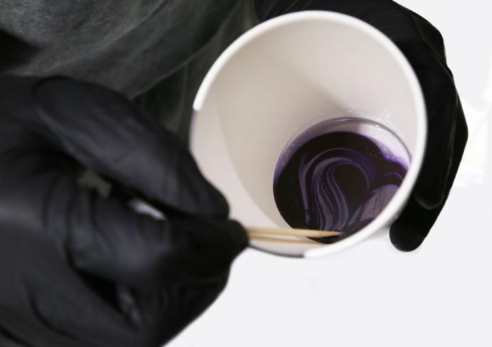 不饱和树脂的促进剂添加量对固化速度的影响