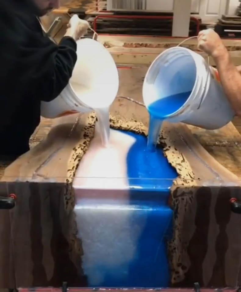 环氧树脂可以采用分层浇注,以获得更厚的浇注件吗?