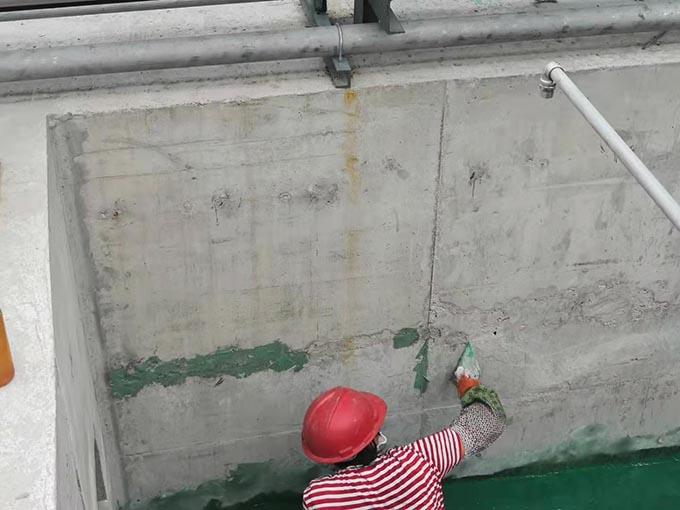 做混凝土防腐表面有孔洞如何处理?