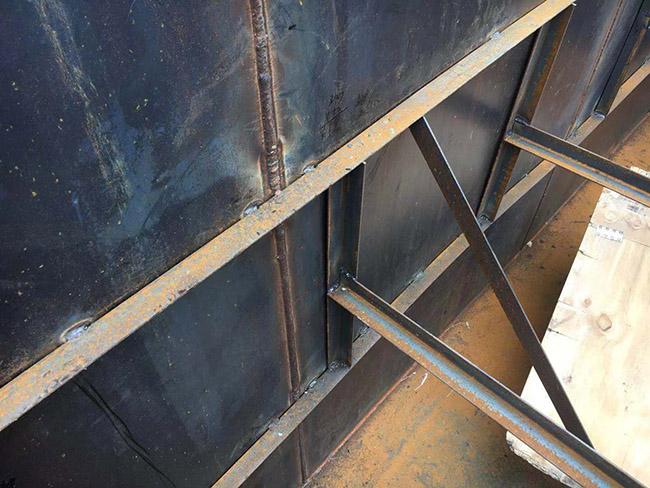 铁质水箱玻璃钢防腐施工建议