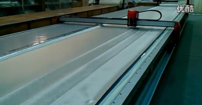 玻璃纤维布自动精确剪裁(视频)